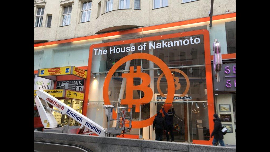 Eröffnung des Nakamoto-Shops in Wien
